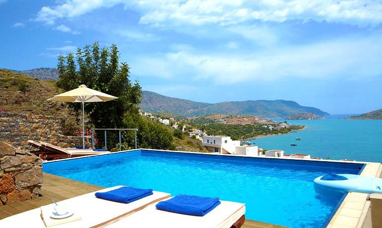 SENTIDO Elounda Blu double room with sharing pool