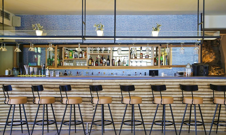 SENTIDO Elounda Blu Eblu main bar