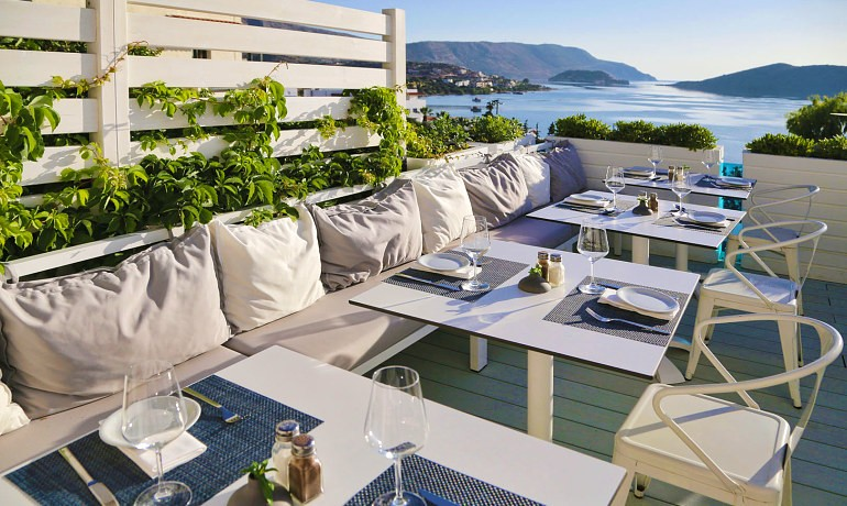 SENTIDO Elounda Blu the Island restaurant terrace with sea view