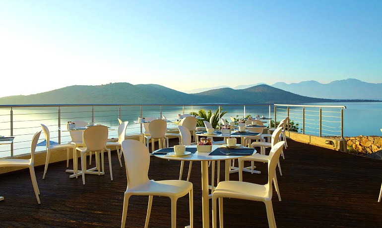 Sentido Elounda Blu the Island restaurant with sea view