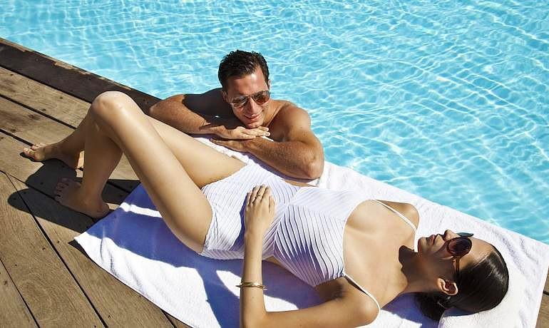 Sensimar Elounda Village Resort & Spa couple
