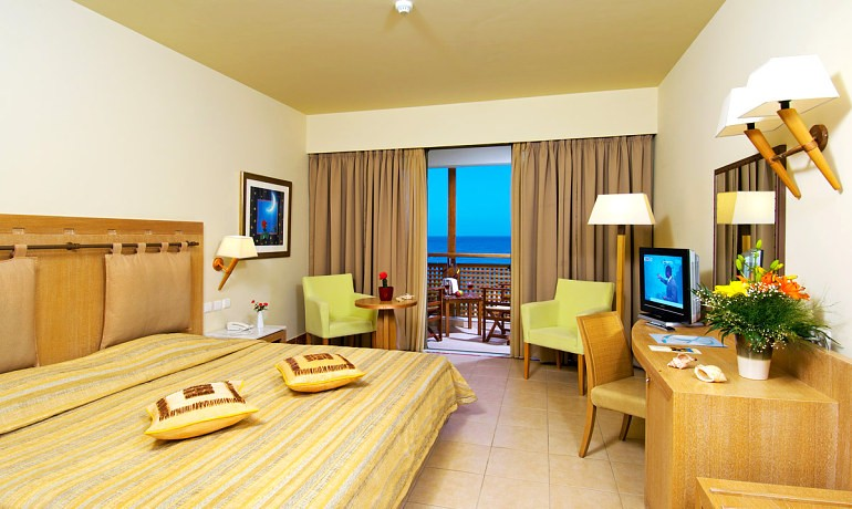 Santa Marina Plaza double room