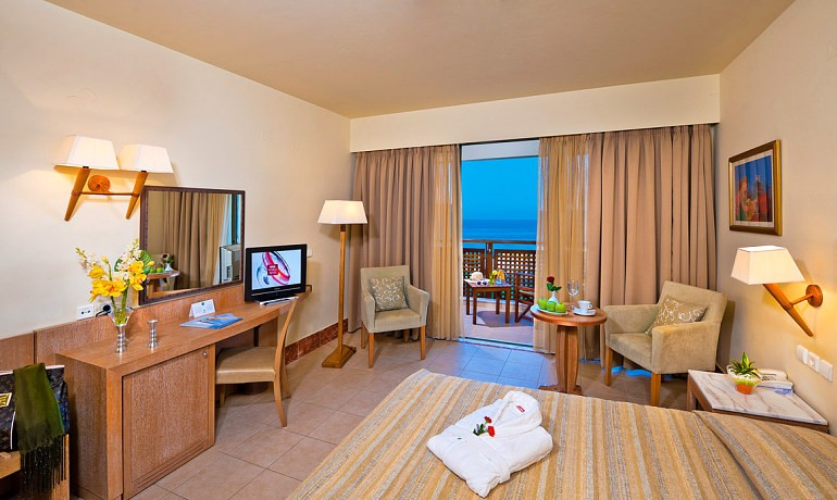 Santa Marina Plaza double room with sea view