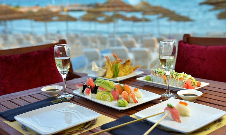 Adams Beach Hotel Deluxe Wing Socci sushi bar