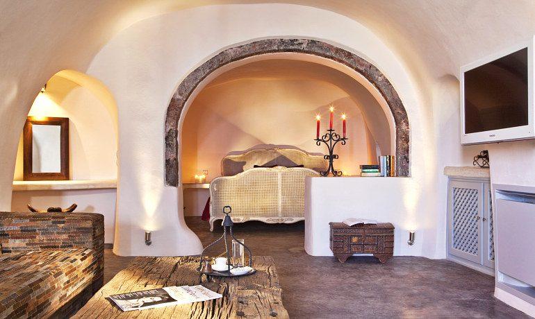 Andronis Luxury Suites room