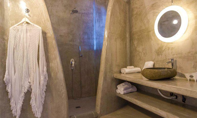 Andronis Luxury Suites Sunset villa Aristotelis bathroom