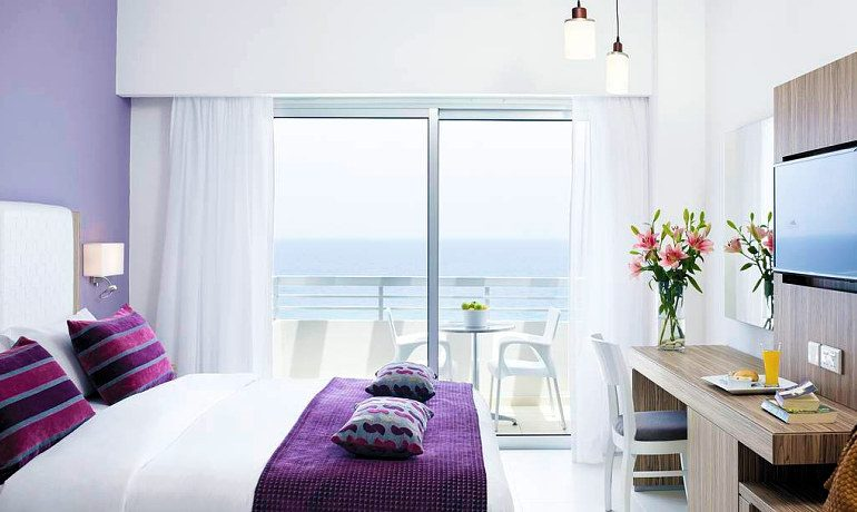 Atlantica Sea Breeze junior suite
