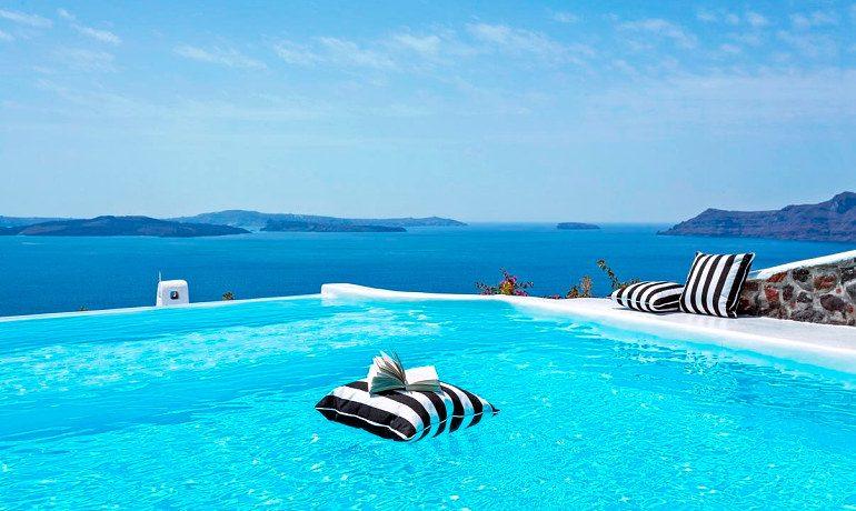 Canaves Oia Hotel main pool