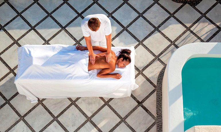 Canaves Oia Hotel SPA massage