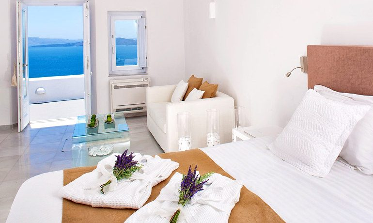 Canaves Oia Hotel Superior suite