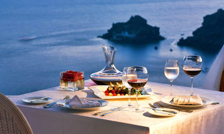 Canaves Oia Suites dining