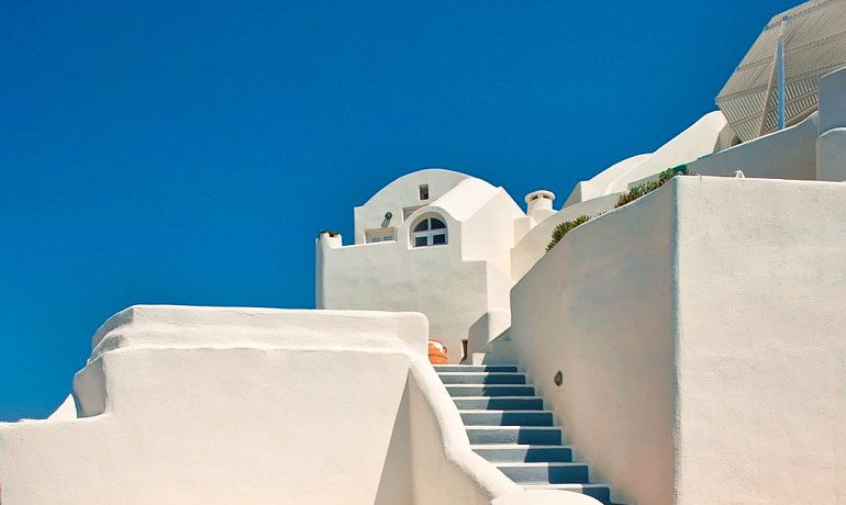 Canaves Oia Suites exterior
