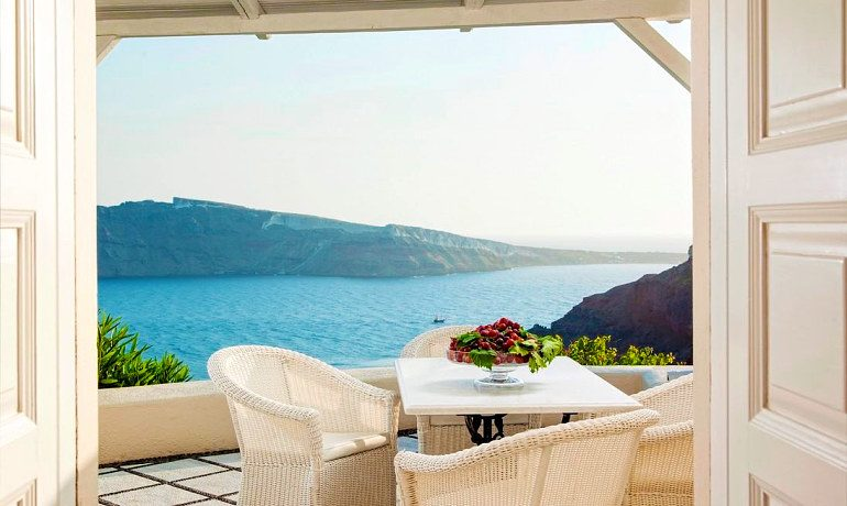 Canaves Oia Suites terrace