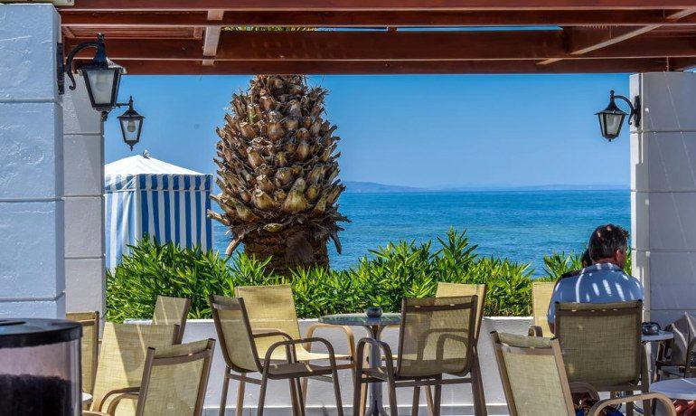 Creta Royal hotel bar terrace