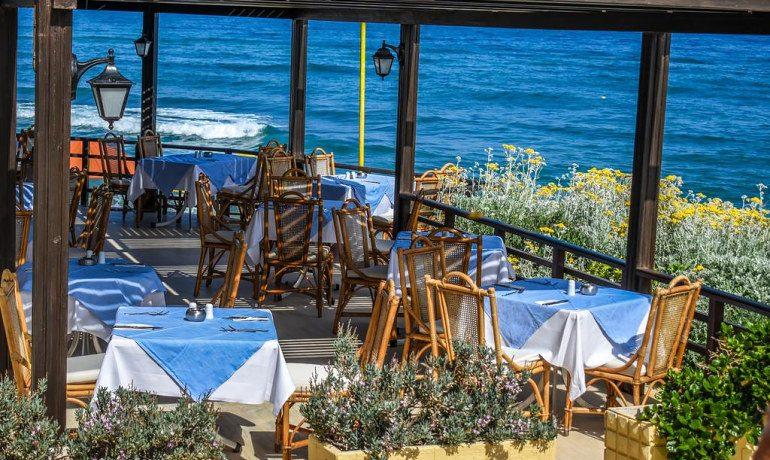 Creta Royal hotel restaurant sea view