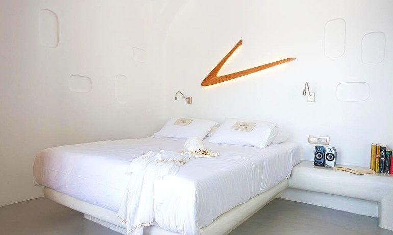 La Perla Villas & Suites honeymoon villa doublebed