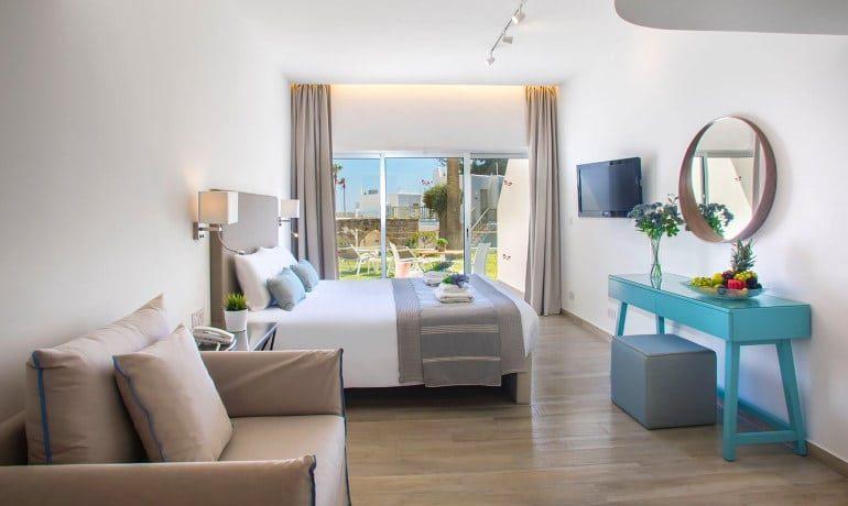 Leonardo Plaza Cypria Maris Beach Hotel & Spa studio garden