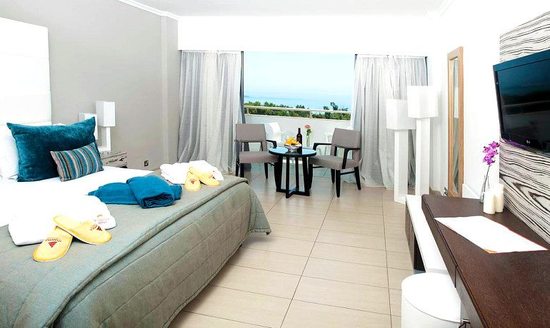 Atlantica Bay Hotel superior room