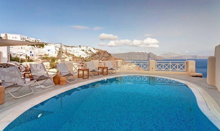 Mystique hotel Santorini pool view
