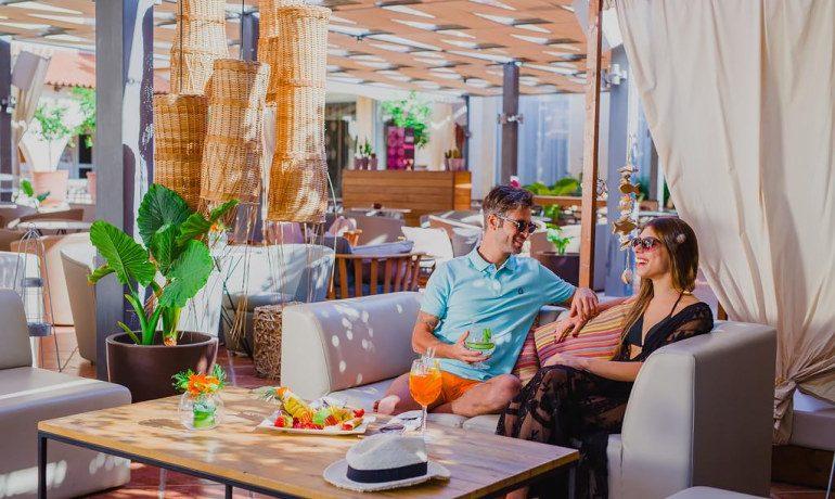 Napa Plaza Hotel gastronomy