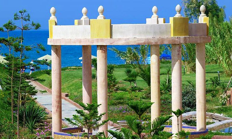 Orpheas Resort Hotel sea view