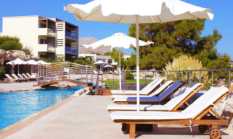 Sentido Port Royal Villas & Spa free sunbeds