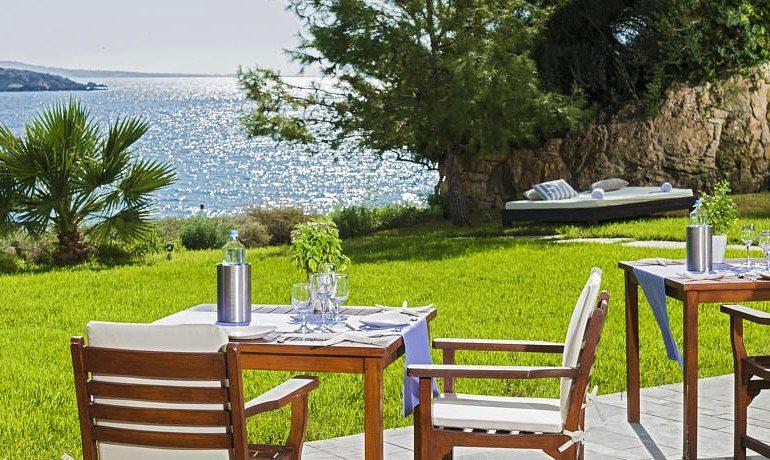 Sentido Thalassa Coral Bay beach bar with sea view