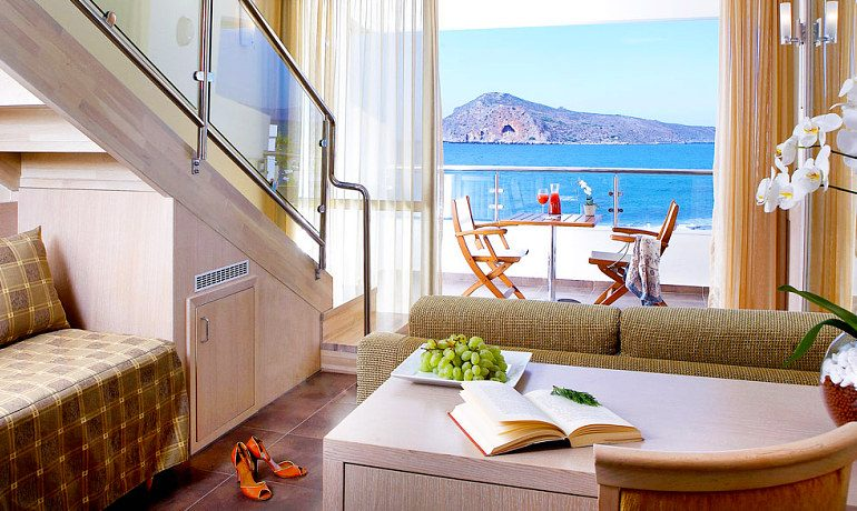 Thalassa Beach Resort & Spa junior suite with sea view