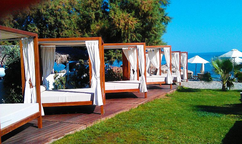 Thalassa Beach Resort & Spa sunbeds for couples