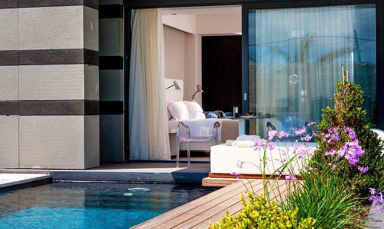 Aqua Blu Boutique Hotel & SPA pool signature suite