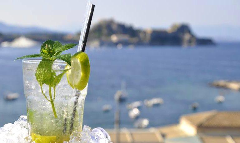 Mayor Mon Repos Palace cocktail