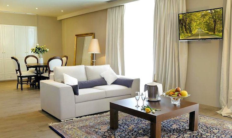 Mayor Mon Repos Palace superior art suite with sea view
