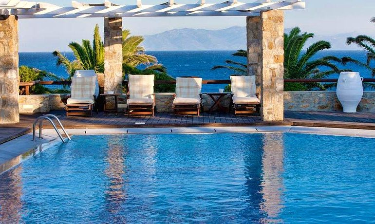 San Giorgio hotel Mykonos sunbeds pool