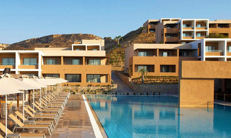 SENTIDO Carda Beach Atlantica main pool