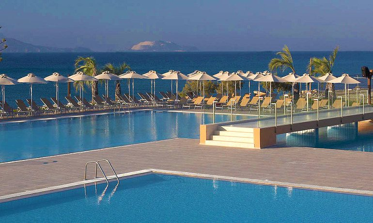SENTIDO Carda Beach Atlantica pool and beach view