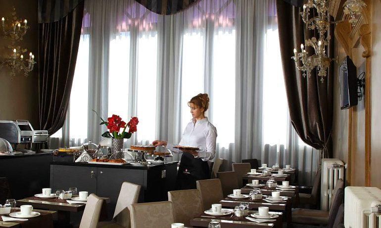 Arcadia Boutique hotel Venice cafeteria