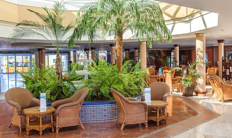 Barceló Corralejo Bay lobby