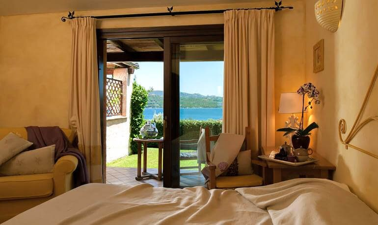 Hotel Relais Villa del Golfo Spa deluxe room sea view