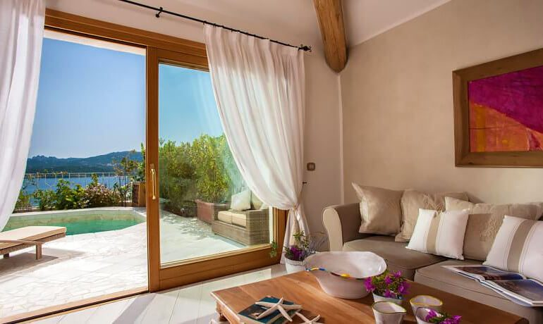 Hotel Relais Villa del Golfo Spa luxury suite sea-view private pool
