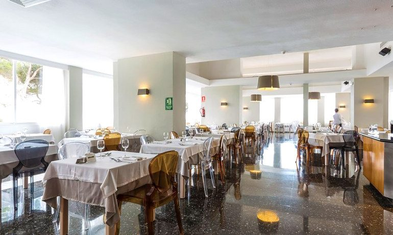 Palladium Hotel Don Carlos buffet mar i cel restaurant