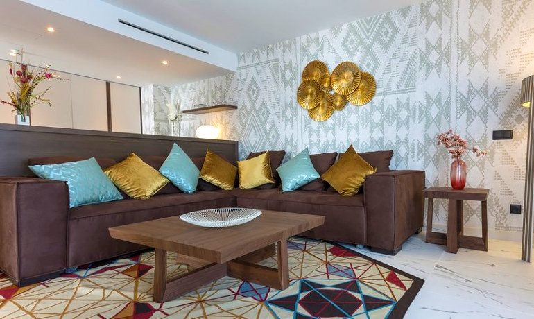 Palladium Hotel Palmyra master suite living room