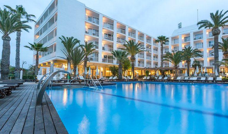Palladium Hotel Palmyra pool