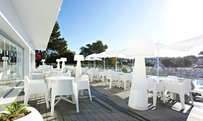 Sensimar Ibiza Beach Resort bar terrace