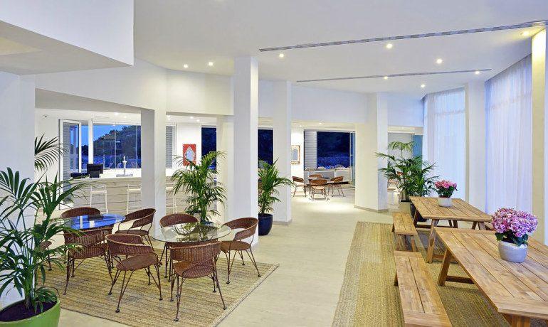 Sol Beach House Ibiza bar area