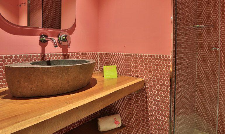 Tropicana Ibiza Coast Suites bathroom