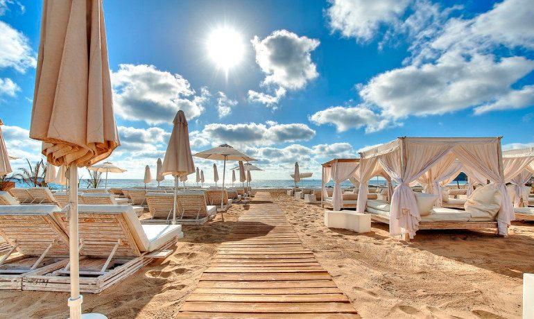 Ushuaia Ibiza Beach Hotel beachclub sea view