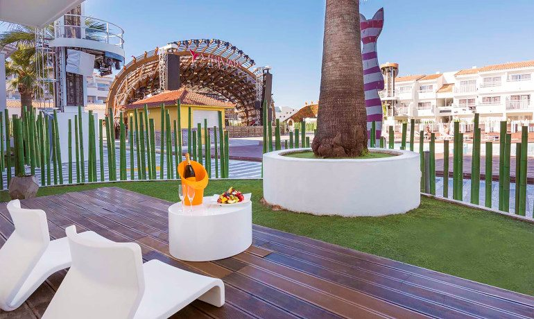 Ushuaia Ibiza Beach Hotel club front row room