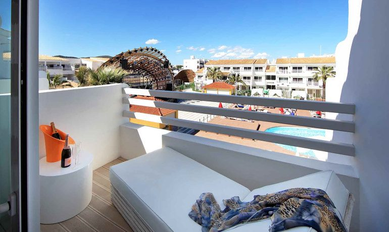 Ushuaia Ibiza Beach Hotel club superior double room stage view