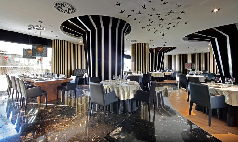 Ushuaia Ibiza Beach Hotel Montauk steakhouse
