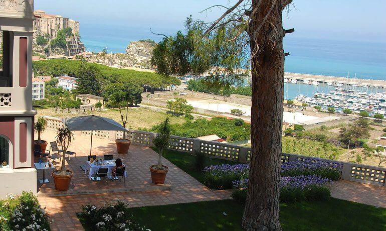 Villa Paola marina view
